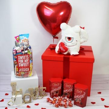 Personalised Deluxe Love Gift Box