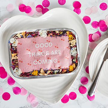 Personalised Flower Message Tray Bake