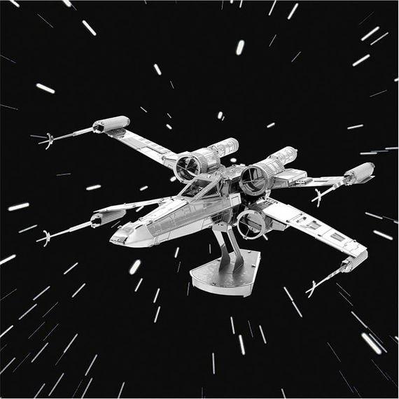 Metal Earth Star Wars X-Wing Fighter 3D Model Kit