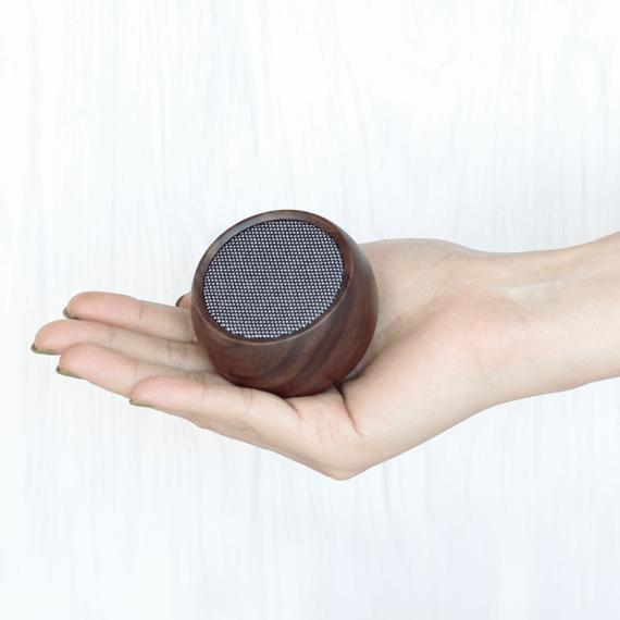 Tumbler Selfie Bluetooth Speaker - Walnut