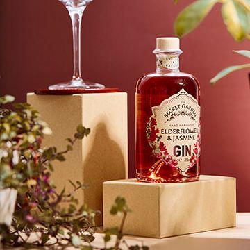 The Old Curiosity Secret Garden Gin - Pink Elderflower And Jasmine 50cl
