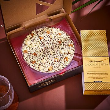 "Salted Caramel Chocolate Pizza 7"""