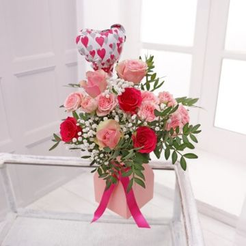 Candy Stripe Floral Gift Bag & Balloon
