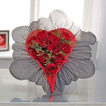 Red Rose Heart Posy Bouquet